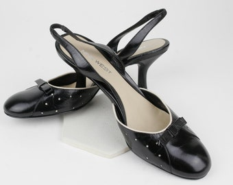 Black and White Leather Polka Dot Slingbacks by Nine West Size 6 M circa 1990s