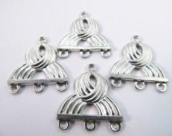 4 Vintage Matte Silver Plated Knot Design Three Loop Metal Connectors Con59