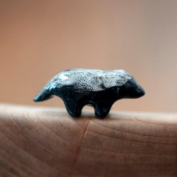 Le Obstinate Honey Badger Totem - le animalé doodles