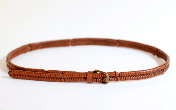 1970s brown leather woven fishtail belt