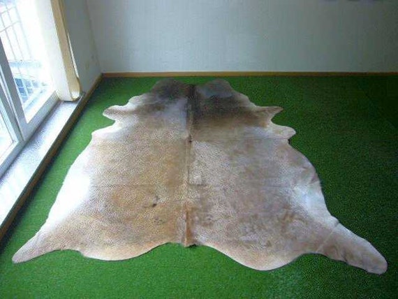 Cowhide Exotic 1065 - 6.9x7.7 ft. (210x236cm)