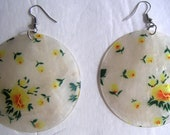 Vintage Capiz Round Earring With Floral Design,Costume Jewelry,Round Earrings. FREE Shipping
