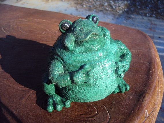 Frog Stone Paperweight Decor
