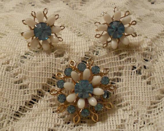 Vintage Joyce Lane Minuettes Pin and  Earrings Set 1950s