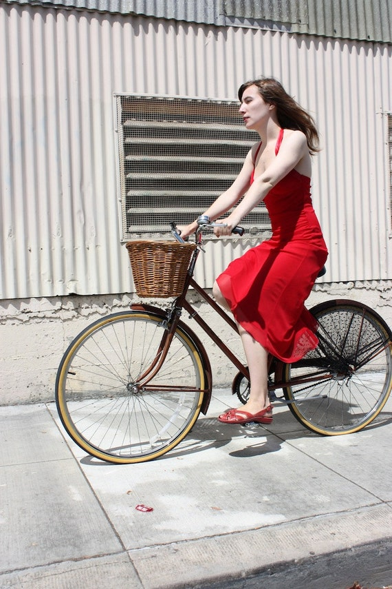Bicycle Skirt Guard, 'Femme Fatale'. Bicycle Accessories, Bike Accessories, Bicycle Dress guard, Beach Cruiser, Cycling