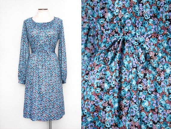 Funky 1970s Blue Floral Day Dress Size Small Medium Vintage