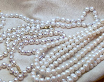 four Wedding pearl necklaces