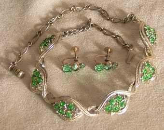 kelly green glass  rhinestone necklace signed Star  and glass  earrings