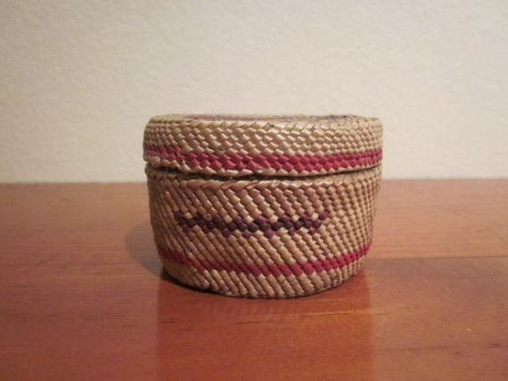 Vintage Small Makah or Tlingt Native American Basket