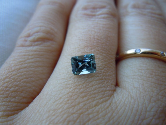 Genuine Montana Sapphire Radiant Cut .73 carat Light blue/green loose gemstone for engagement and jewelry