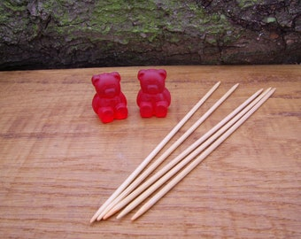 Bamboo Sock Knitting Needles, 2.5mm x 150mm with Teddy bear needle Holders