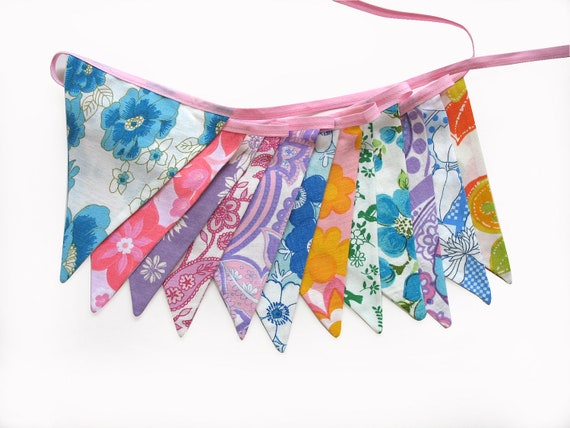 Vintage Retro Pretty Multi-Colour Floral Flag Bunting. Wall hanging, Parties, Party, Wedding etc