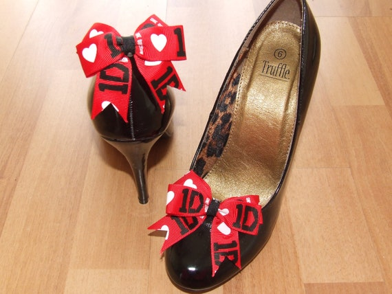 NEW One Direction red/black shoe bows