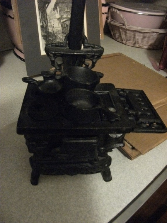 Vintage Miniature Black Cast Iron Cook Stove with Accessories Only 30 USD