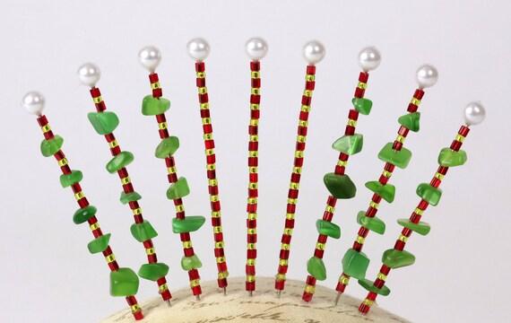 Pinsies, Red & Green Christmas Mix, Under 5 Dollars, Cheap Gift, Beaded Pins, Pincushion Pins, Bulletin Board Pins, (B-17)