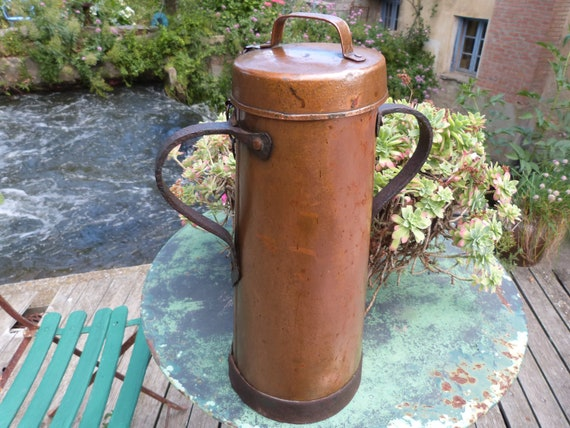 Antique copper milk can from French farmhouse, milk pitcher milk jug w iron handles, big 1800s dairy jar kitchenware from France