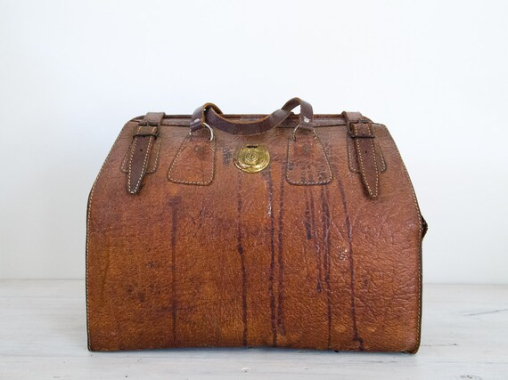 vintage brown expanding gladstone bag, made in australia