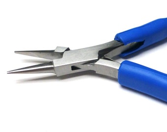 Wigjig Chain Nose Pliers. Fine Tip Pliers. Wire Working Tools. Comfort Grip Pliers. One (1)