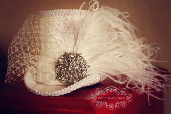 Beautiful Bridal Mini Top Hat, White, Vintage Pins Available, Whimsical Wedding Accessory, Custom Mini Top Hat, White Bridal Headband
