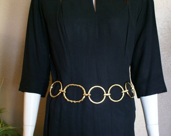 Vtg Classic Gold Metal Circle and Oval Belt  Size M-L