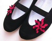 dahlia - black & red / felt vegan trends shoes ballet flat gift her girl teen comfortable fashion cozy vegan night simple ladybug dark