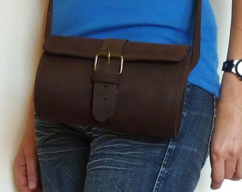 Large leather barrel purse / Women distressed brown leather clutch / Croosbody / Shoulder bag /