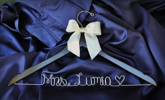 Personalized Wedding Hangers for Bridal Party - Gifts and Mementos - Gift for Bridal Party - Gift for Bride - Gift for Engagement - Dress