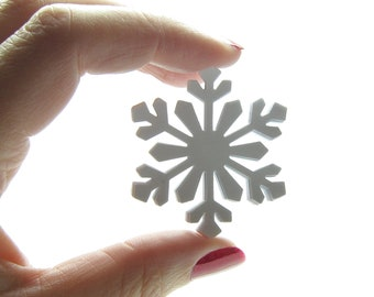 Snowflake Paper Punches Extra Large White Snowflakes for Winter Wedding, Scrapbooking, Card Making