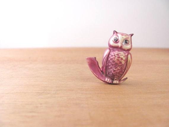 Vintage Purple Owl Pin Plastic Brooch