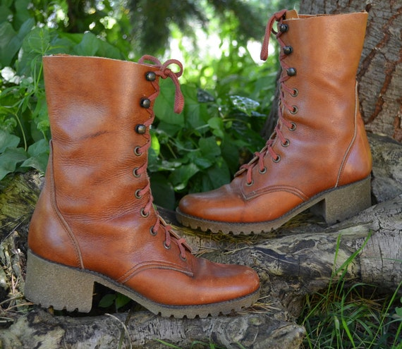 70's Granny Grunge Bohemian Leather  Lace Up Boots, 7