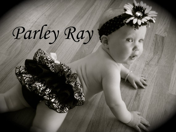 A Beautiful Parley Ray Classic Black & White Fancy Full Ruffled Baby Bloomers Little Black Dress/ Diaper Cover / Photo Props