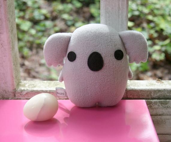 Koalegg - The Younger Brother, koala plush, grey, gray, stuffed animal, egg shaped Muser