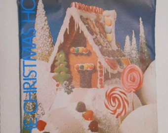 The Christmas House, Pattern and Recipe, Gingerbread House
