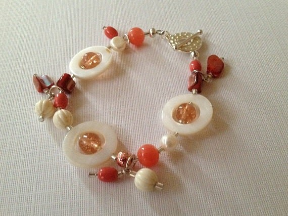 Coral and ivory beaded bracelet.
