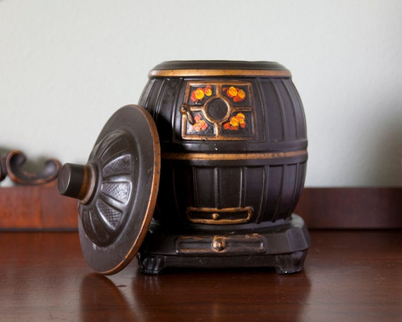 McCoy Cookie Jar Potbelly Stove Retro Kitchen