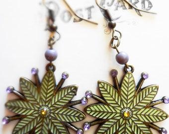 Snowflake Pendant Earrings Vintage Inspired