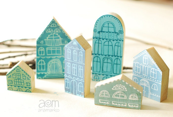 Set Of 6 Pcs Hand Painted Wooden Village Miniature By Anamarko