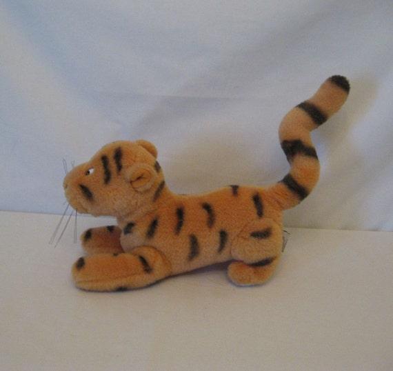 Vintage GUND Tigger Tiger Classic Winnie the Pooh Stuffed Plush DISNEY Toy
