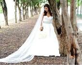 Bridal veil, chapel veil, cathedral veil, floor length veil, waltz veil, simple veil, elegant veil, classic veil, plain veil, sheer veil