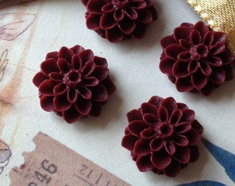 16 mm Umber Red Colour Resin Dahlia Flower Cabochons (.sg)