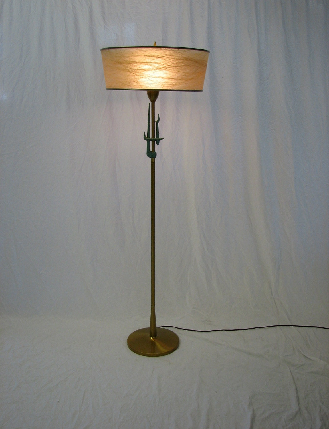 Mid century modern 1950 39 s 1960 39 s rembrandt floor lamp for 1950 floor lamp