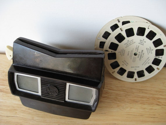 Vintage Brown Model E View-master with reels