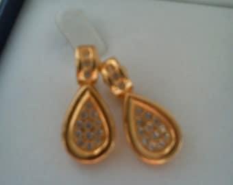 Vintage/retro gold tone & faux diamond teardrop clip on earrings