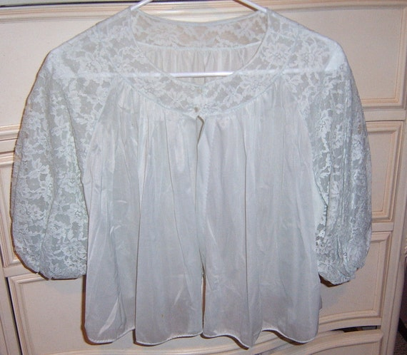 Vintage Bed Jacket, 1960 Vanity Fair  Ladies , Size Medium, Mint Green,  Women Lingerie