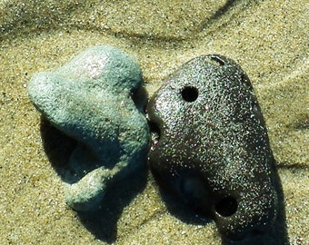 I Love You, 2 stones in love on the beach, card no.G5974, you can CUSTOMZIE this card with your text