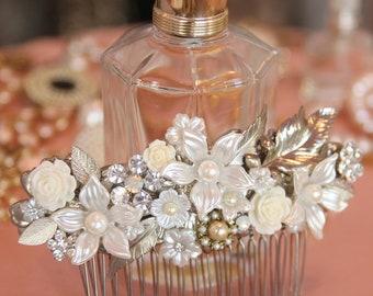 Vintage Bridal Hair Comb Flowers Pearls Leafs Wedding Hair Comb Rhinestone Headband Wedding Head piece Art Deco Crystal Bride Hair Comb