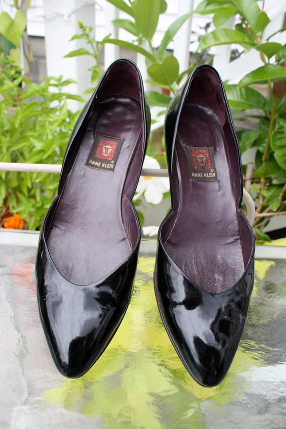 Reserved for Clococo Vintage ANNE KLEIN Patent Leather Wedge Heeled Shoes, Size 8N, Made in Italy