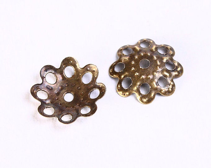 10mm antique brass filigree bead caps - 10mm flower filigree beadcaps - rustic bead spacer - nickel free (700) - Flat rate shipping