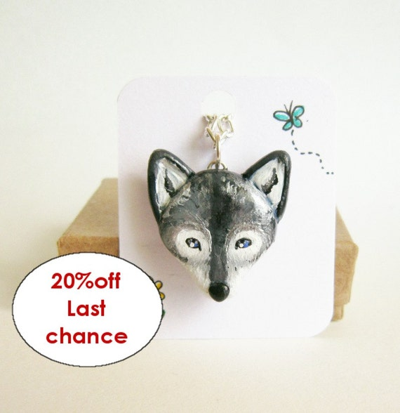Wolf necklace totem, Grey Wolf hand painted pendant, unisex necklace,man jewerly