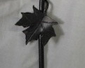 Maple Leaf Poker with Hook